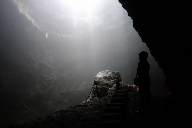 Goa Jomblang – Goa Dengan Cahaya Surga Di Yogyakarta